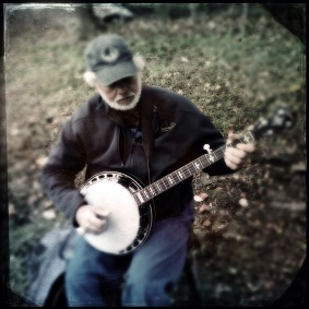 banjo-player-apple-butter-festival-iphoneography-10-5-2014-0116